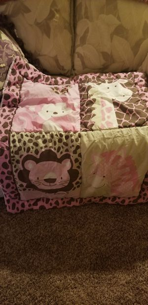 Pink safari crib set for Sale in Tacoma, WA