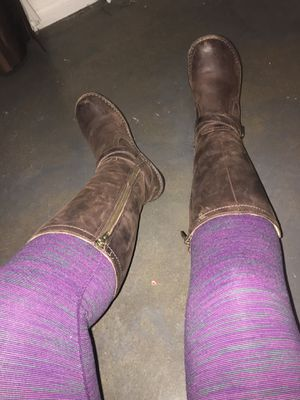 thigh high UGG winter boots womens 7 for Sale in San Marcos, TX