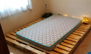 Pallet bed with new full XL spring mattress (3months old) for Sale in Springfield, IL