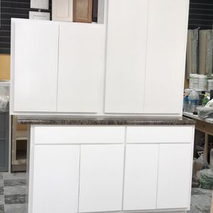 Kitchen Cabinets (CustomMade) for Sale in Anaheim, CA
