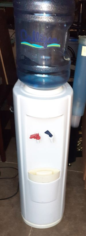 Hot / cold water cooler for Sale in Columbus, OH