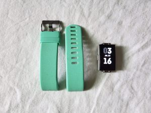 Fitbit charge 2 for Sale in Collinsville, IL