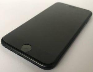 IPHONE 7 32GB UNLOCKED BLACK for Sale in Miami Beach, FL