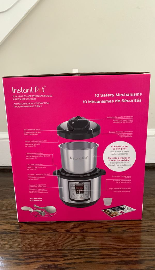 Instant Pot LUX80 8 QT 6 in 1 Multi-Use Programmable Pressure Cooker