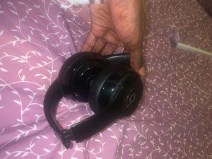 Beats Solo 3. Wireless Bluetooth Headphones for Sale in Seattle, WA
