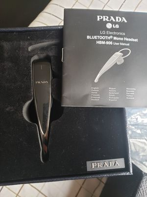 Prada LG Bluetooth Headset for Sale in Chicago, IL