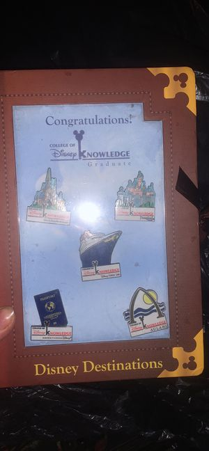 Disney college of knowledge pin set for Sale in Clarksville, IN