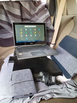 Touch screen 11.6 inch laptop carbon fiber design with touchscreen chrome book all work 100% is new 10/10 with cases & charger $450 or best offer for Sale in City of Industry,  CA