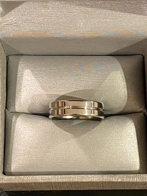 Unisex 14K White Gold plated Ring- Code LAX for Sale in Princeton, NJ