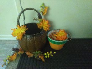 🦃 Thanksgiving Large Vintage Metal Pumpkin Basket for Sale in Anaheim, CA