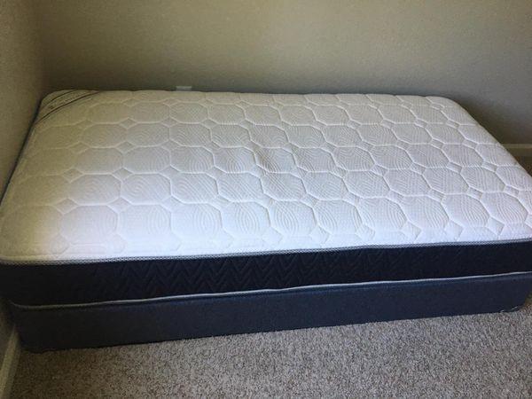 Box and mattress twin size