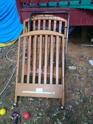 Baby crib wooden for Sale in Laurel, MD