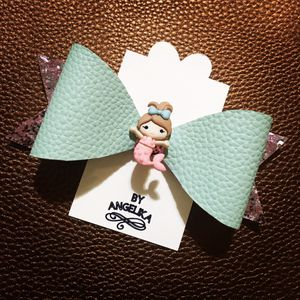 Hair bow for girls for Sale in Providence, RI
