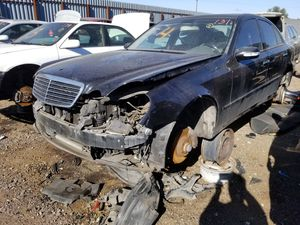 Mercedes Benz E class parts 2004 for Sale in Phoenix, AZ