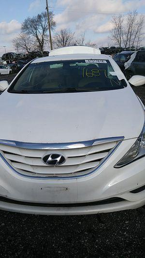 Parting out a 2013 Hyundai Sonata Gls #1687 for Sale in Warren, MI