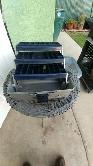 fishing Rod and tackle box for Sale in Reedley, CA