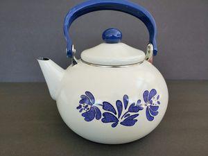 Pfaltzgraff Yorktowne Enamel Teapot for Sale in Midland, MI