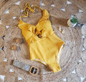 Swimsuit for Sale in Haines City, FL