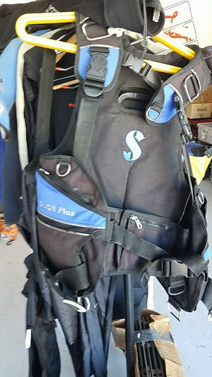 Scuba pro Glide Plus integrated weights for Sale in Palm Harbor, FL