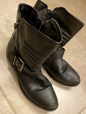 Women's booties size 8 for Sale in Missouri City, TX