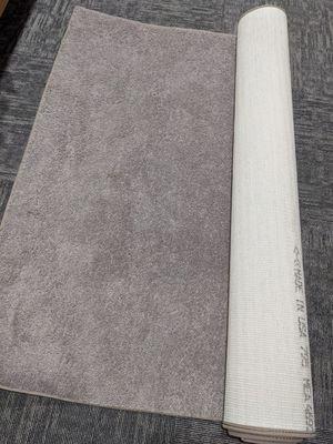 "Like new carpet 80"" x 60"" for Sale in Everett, WA"