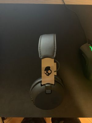 Skullcandy Wireless Bluetooth headset for Sale in Miami, FL