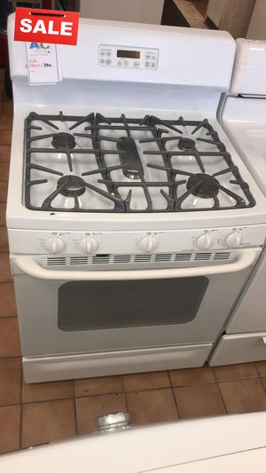FIRST COME!!5 Burner Gas Stove Oven GE CONTACT TODAY! #1526 for Sale in Silver Spring, MD