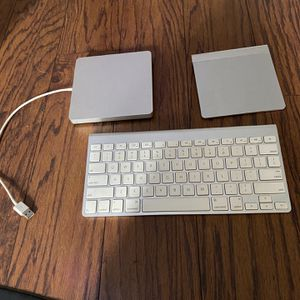Wireless Keyboard , Wireless Mouse And DVD Player , for Sale in Fresno, CA
