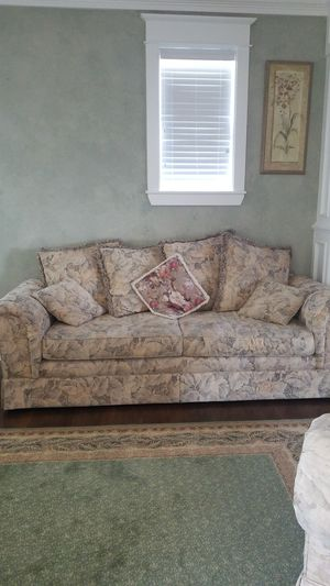 Couch, love seat, and oversized chair and ottoman. for Sale in Vancouver, WA