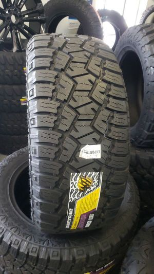 Brand new set of suretrac all terrain tires 33 1250 20 lt for Sale in Phoenix, AZ