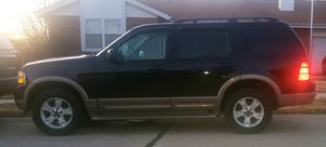 MUST GO! SEROIUS INQUIRIES ONLY 2003 Ford Explorer CLEAN needs work for Sale in St. Louis, MO