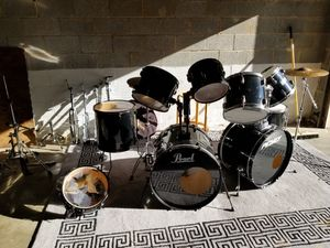 Pearl drumset for Sale in Columbia, TN
