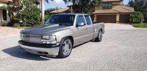 2002 Chevy Silverado extended cab, super clean. for Sale in Largo, FL