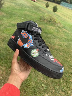 Supreme X Nike Air Force 1 Mid (Size 9.5) COMES W/ BOX for Sale in South Brunswick Township, NJ