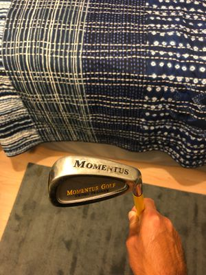 Momentus Golf Swing Trainer (10 lb. club) for Sale in Phoenix, AZ