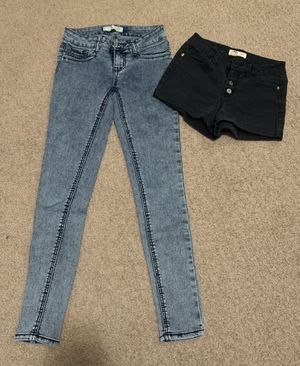 Shorts and jeans for Sale in Airway Heights, WA
