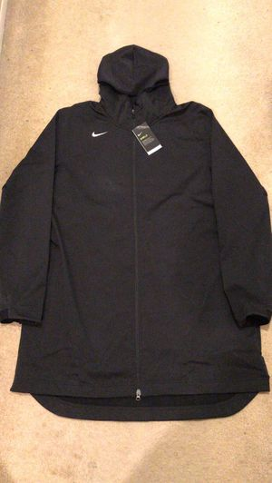 Brand new Nike shield repel jacket coat parka black men's size XXL-Tall for Sale in La Mesa, CA