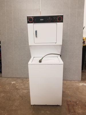 """24"""" small electric dryer washer combo for Sale in Aurora, IL"""