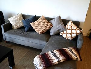 """84 """" Grey Reversible Sleeper Sectional Couch for Sale in Los Angeles, CA"""