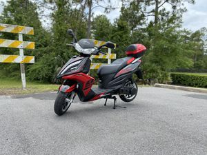 2020 Tao Motor Quantum 150cc Scooter *1-YR Warranty, No Dealer Fees, TONS OF FREEBIES* for Sale in Lake Mary, FL
