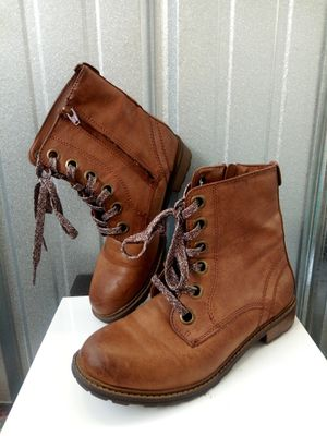 Girl boots for Sale in Chicago, IL