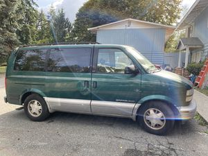GMC 1999 Safari Van for parts for Sale in Everett, WA