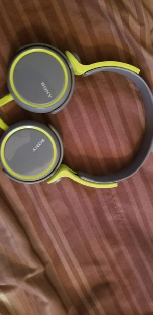 Sony mdr xb400 headphones for Sale in Fort Pierce, FL