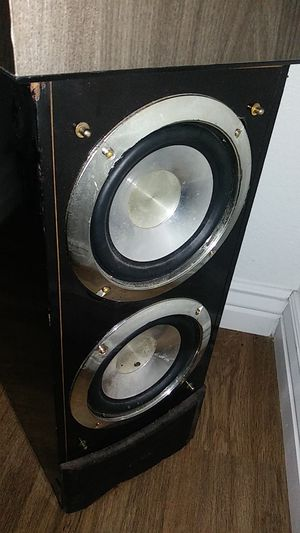 Epic sound satellites speakers and subwoofer for Sale in Chandler, AZ