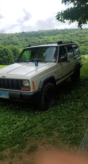 1997 Jeep Cherokee for Sale in Chaplin, CT