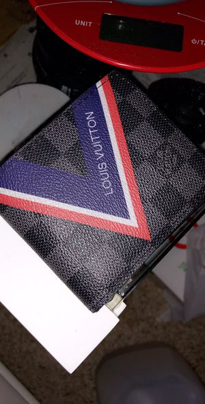 Louis Vuitton wallet for Sale in Houston, TX