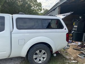 Camper shell Nissan Frontier king cab for Sale in Spring, TX