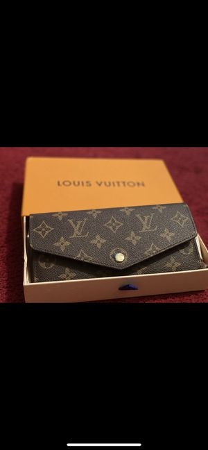 Louis vuitton womans monogram wallet for Sale in Queens, NY