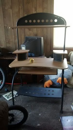 Computer desk for Sale in Wichita, KS
