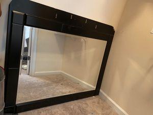 Dresser mirror for Sale in Atlanta, GA